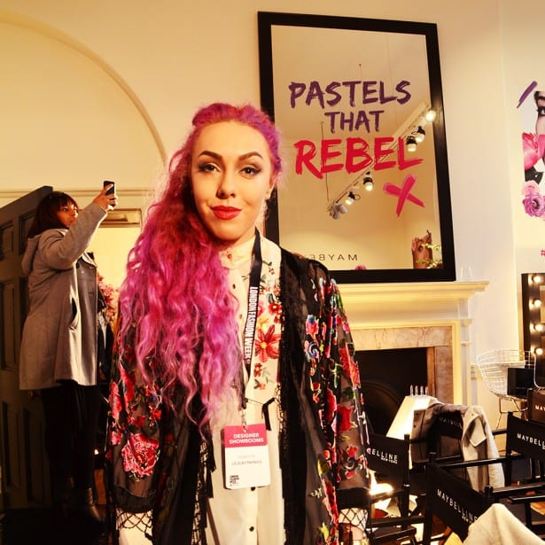pastels-that-rebels-pinkhair-stephilareine