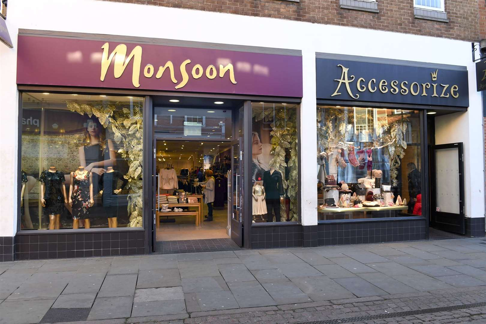 Monsoon Accessorize, the business behind popular High Street fashion retailers Monsoon and Accessorize have announced they are closing 35 stores across the UK with 2 in The Three Counties