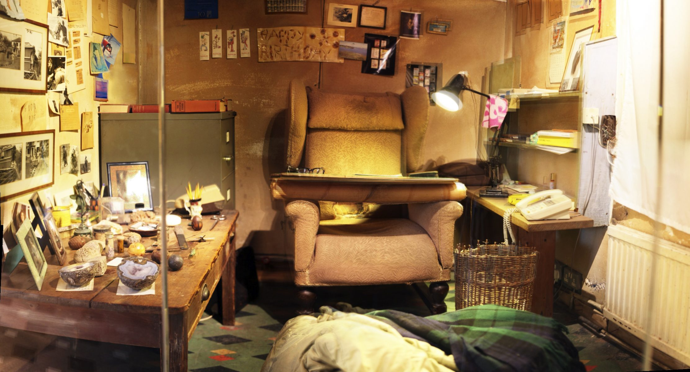 Inside Roald Dahl's original Writing Hut in Solo Gallery