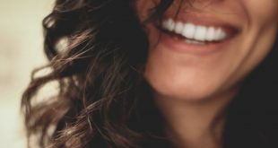 Smile confidently with a *free* teeth whitening makeover